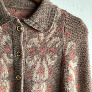 Anthropologie Jackets & Coats - Anthropologie Flowering Pompona sweater cape